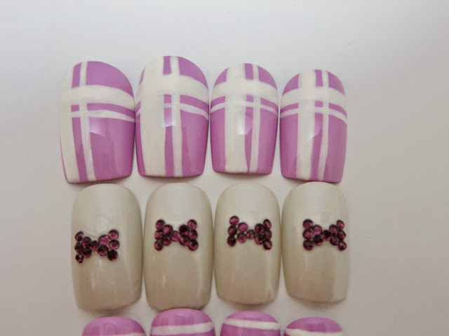 White and Lavender Purple Stripes and Dots False Nails