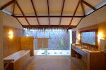 039_Deluxe Villa Bathroom-AAA.jpg