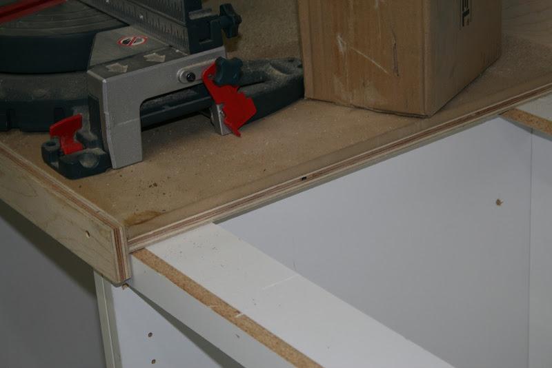 la r f rence en b nisterie dessus de meuble pour tablie 2 2. Black Bedroom Furniture Sets. Home Design Ideas