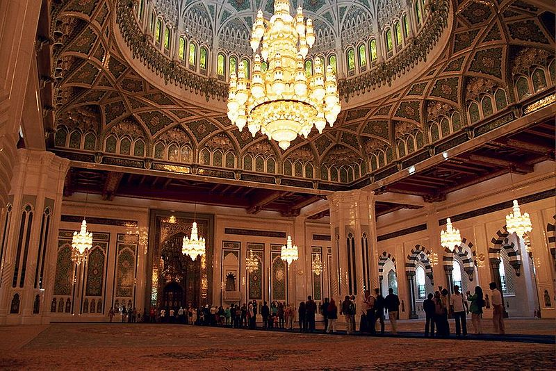 Oman - Muscat, Sultan Qaboos bin Said Grand-Mosque interior