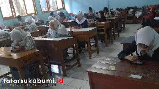 SMAN 1 Sukabumi Pelopor  Ujian Sekolah Berbasis Android