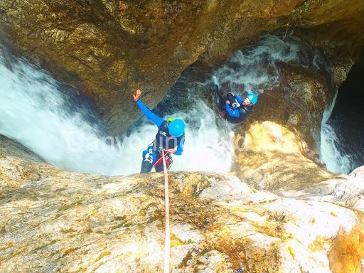 Rappel au canyon de la Bollène
