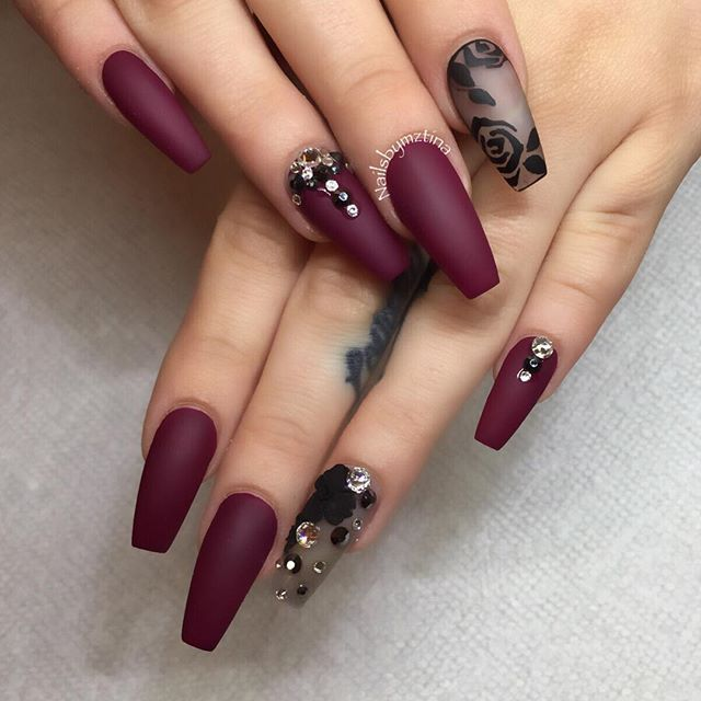 44+ Elegant designs for trendy acrylic nails - Fashion 2D