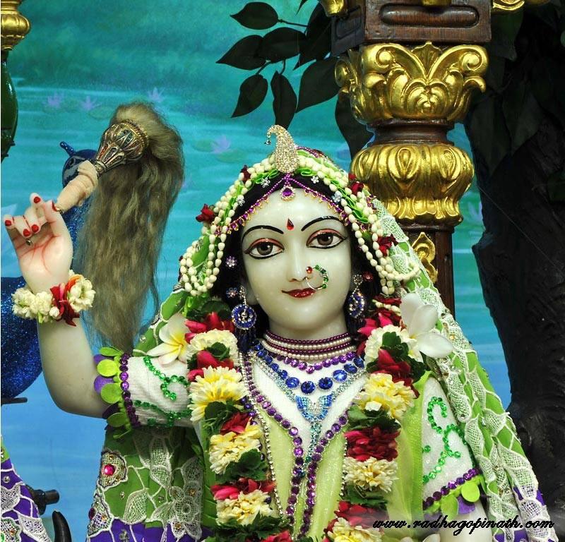 ISKCON Chowpatty Deity Darshan 15 Mar 2016 (9)