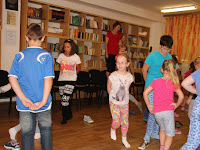 13 Ipoly menti tánclépéseket tanultak a táborozók.JPG