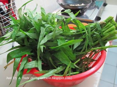 Resep Mie Kangkung - Mie Kuah yang Segar & Sehat JTT