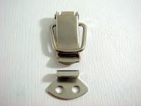裝潢五金 品名:箱扣(鐵) 規格:40mm 顏色:電白色 玖品五金