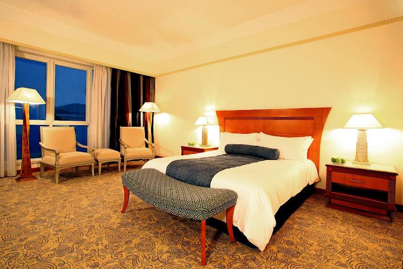 Le Meridien Al Aqah Resort