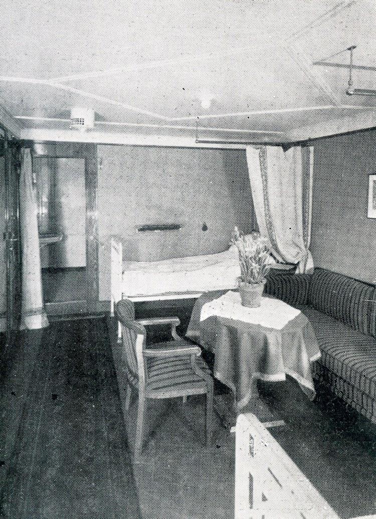 Camarote de dos camas de primera clase. De la revista The Motor Ship.jpg