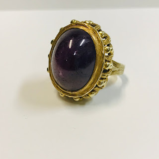 14K Gold and Star Amethyst Ring