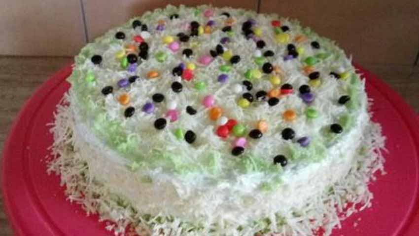 Resep Membuat Pandan Cake With Buttercream Resep Membuat Pandan Cake With Buttercream by Bunda Tita Meitasartika