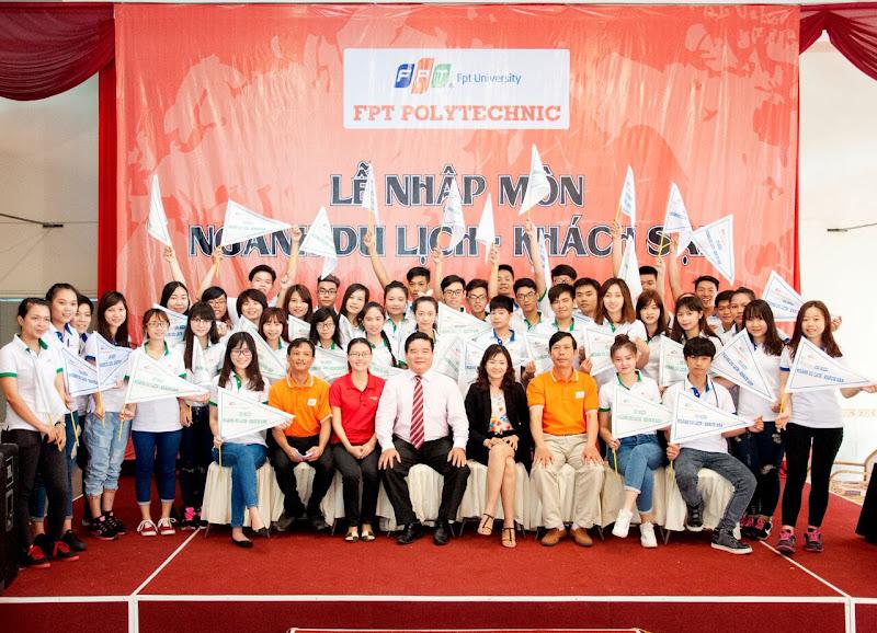 """""""Tour nhập môn"""" là chương trình do Cao đẳng thực hành FPT Polytechnic Hồ Chí Minh và công ty Bến Thành Touris tổ chức."""