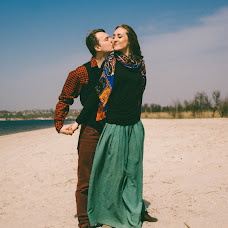 Wedding photographer Anastasiya Topor (anatopor). Photo of 24.10.2016