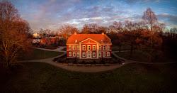 Sonnenuntergang-Dammaschwiesen-Haus.jpg