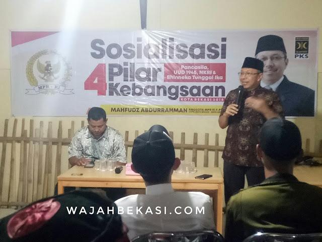 Mahfudz Menyemangati Pemuda Bekasi  Dalam Sosialisasi 4 Pilar Kebangsaan