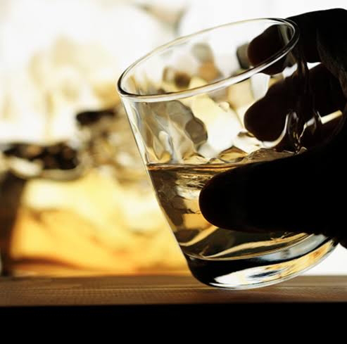 Worker commits suicide due to lack of money to drink Liquor near Vellore