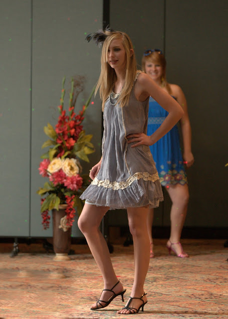 OLGC Fashion Show 2011 - DSC_5804-1.jpg