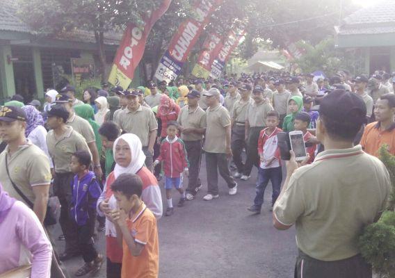 Kodim 0805/Ngawi: Gelar Jalan Santai Dalam rangka memperingati HUT TNI Yang ke- 70
