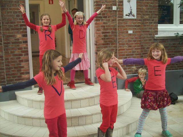 WereldVredesvlam Twente deed ook mee met kinderen