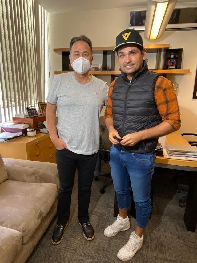 Ferdinando Valencia suplirá a Eleazar Gómez en la telenovela La Mexicana y el Güero