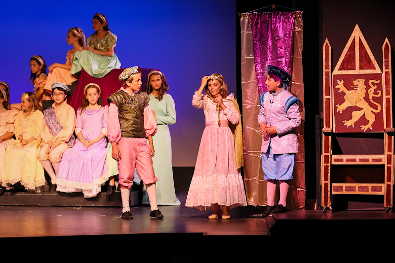 2014Snow White - 90-2014%2BShowstoppers%2BSnow%2BWhite-6336.jpg
