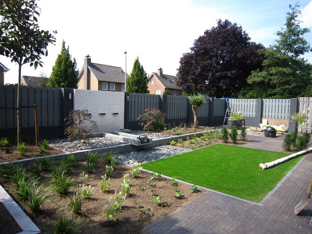 Moderne tuin hoveniersbedrijf de langstraat for Moderne tuin