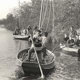 Foto 10 - In de boot rechts Bas, Jelmer, Barend, Henk, Jeroen en Sjoerd ?