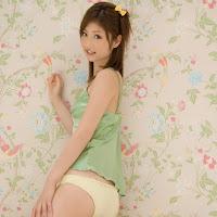 [BOMB.tv] 2009.11 Yuko Ogura 小倉優子 oy025.jpg
