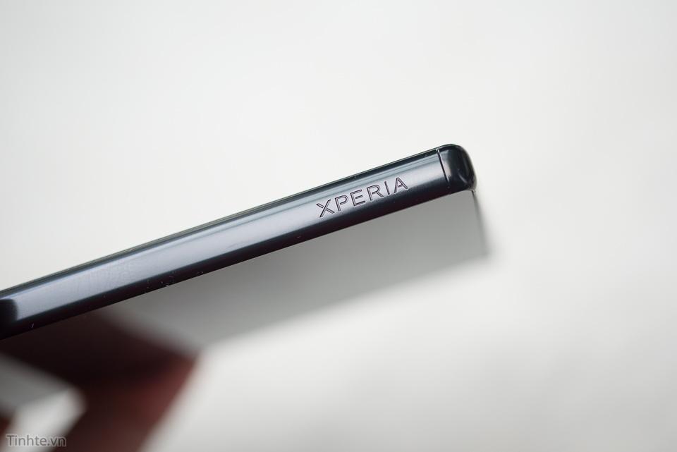 Tinhte.vn_Sony_Xperia_Z5_Premium-17.