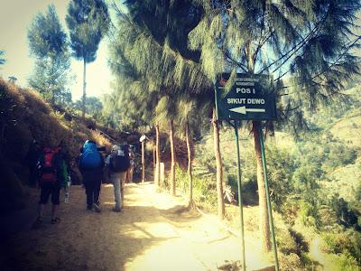 jalur pendakian gunung prau patak banteng