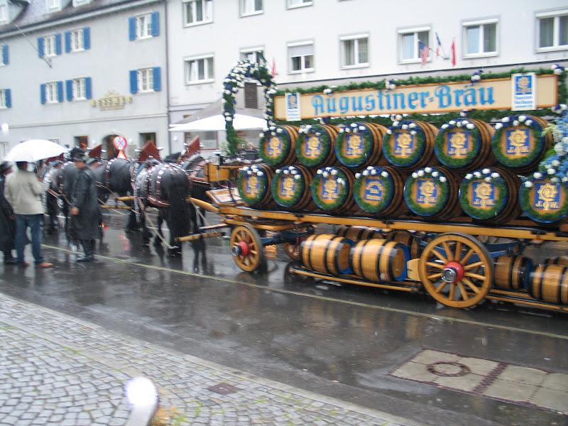 KORNMESSER GARTENERÖFFNUNG MIT AUGUSTINER 2009 009.JPG