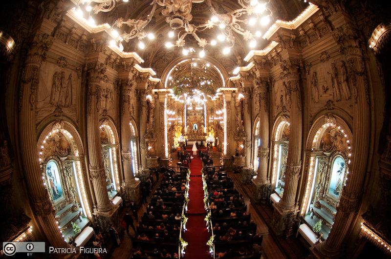 Foto de casamento 2727 de Renata e Cristiano. Marcações: 28/08/2010, Casamento Renata e Cristiano, Igreja, Igreja Sao Francisco de Paula, Rio de Janeiro.