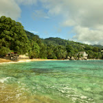 Mahe, plaże na północnym, zachodzie wyspy.