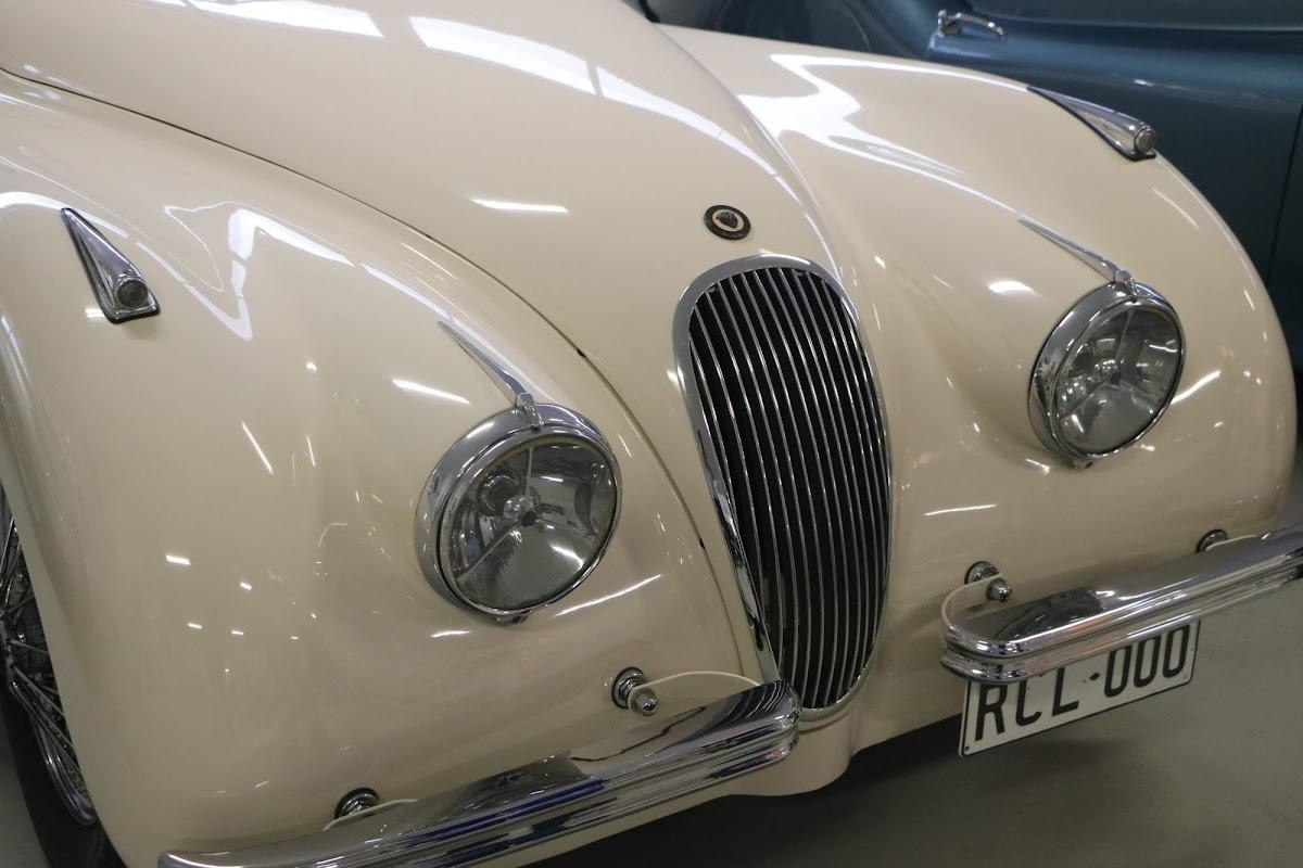 Carl_Lindner_Collection - 1950 Jaguar XK120 Coupe 05.jpg