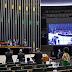 Política  Sem distritão, Câmara aprova texto-base da PEC da reforma eleitoral