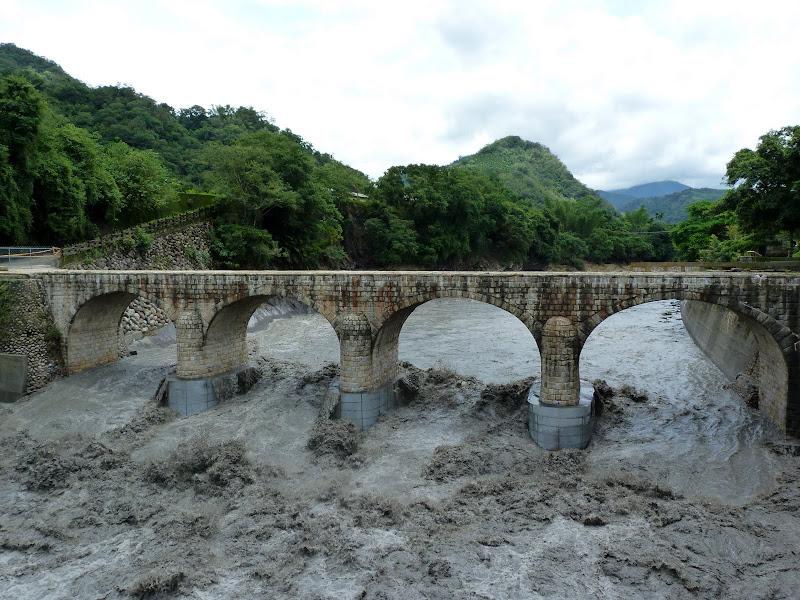 Lors d un typhon l'eau est passee trois mètres au dessus...
