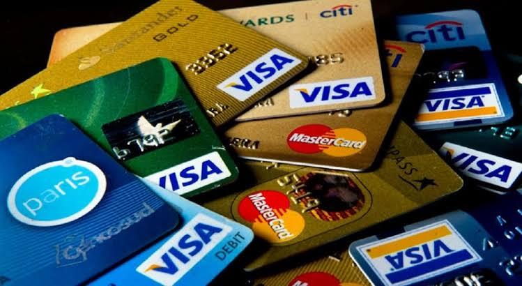 Congreso aprueba eliminación del pago de membresía de tarjetas de crédito
