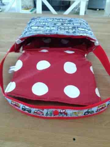 margareteshandmadebox feuerwehrtasche f r den kindergarten. Black Bedroom Furniture Sets. Home Design Ideas