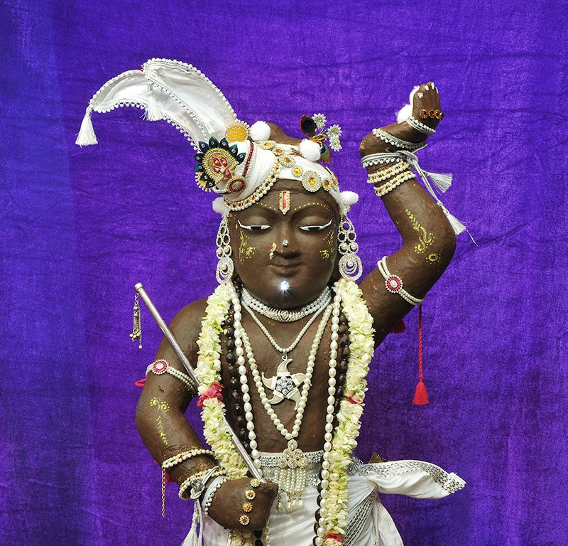 ISKCON Chowpatty Deity Darshan 11 May 2016 (3)