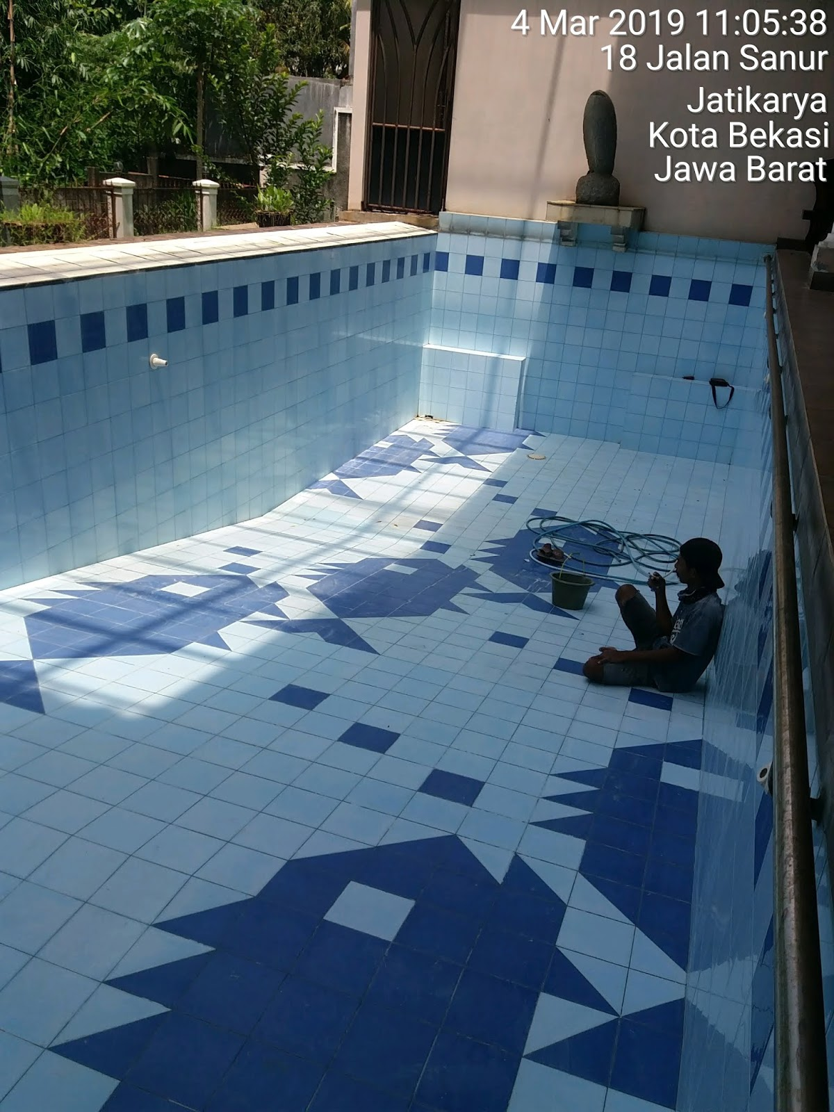 repair kolam renang bocor