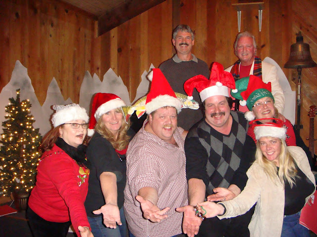 2008 Clubhouse Christmas Decorating - lotta%2B075.JPG