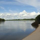 Le Rio Teles Pires. Colider (Mato Grosso, Brésil), 20 juillet 2010. Photo : Cidinha Rissi