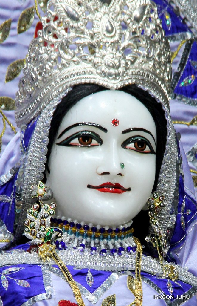 ISKCON Juhu Mangal Deity Darshan on 29th Sep 2016 (12)