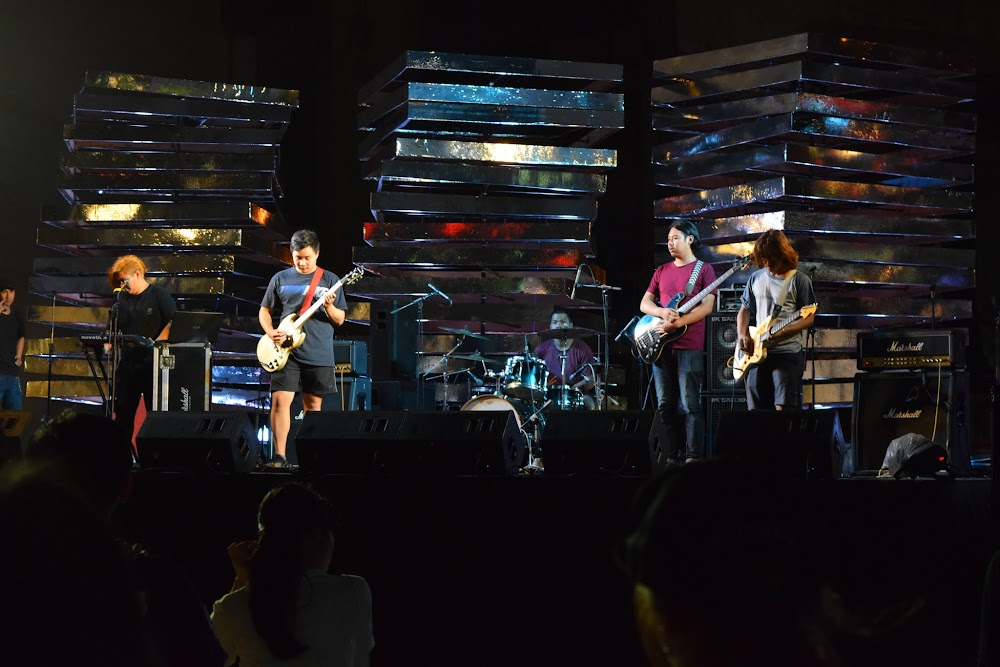 At the cultural center near National Stadium, there is a live concert going on from an Indie Rock Thai band.... really good music and great atmosphere!