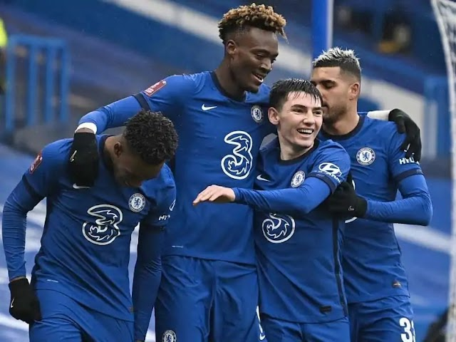 Abraham Nets Hat Trick As Chelsea See Off Luton