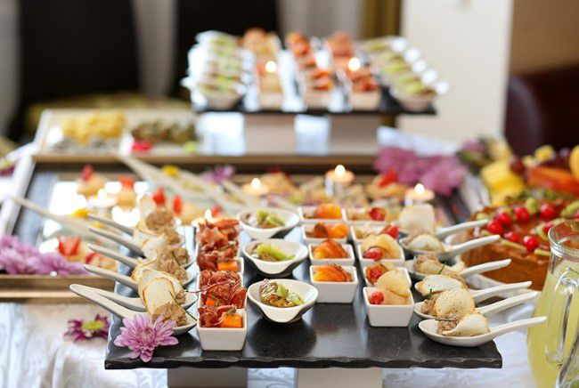 Tips to Know Before Selecting and Hiring a Catering Golden Grove