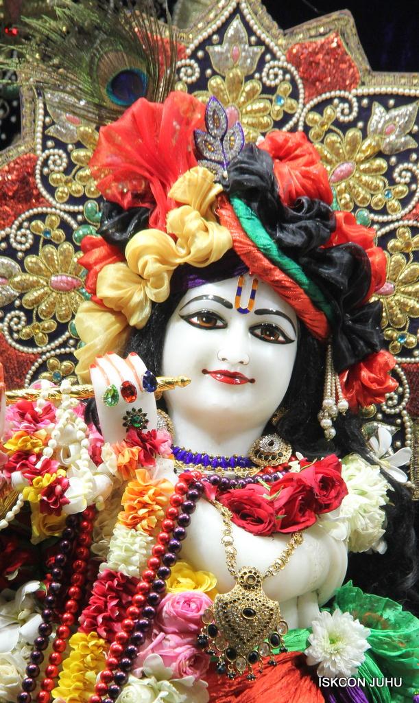 ISKCON Juhu Sringar Deity Darshan on 24th September 2016 (11)