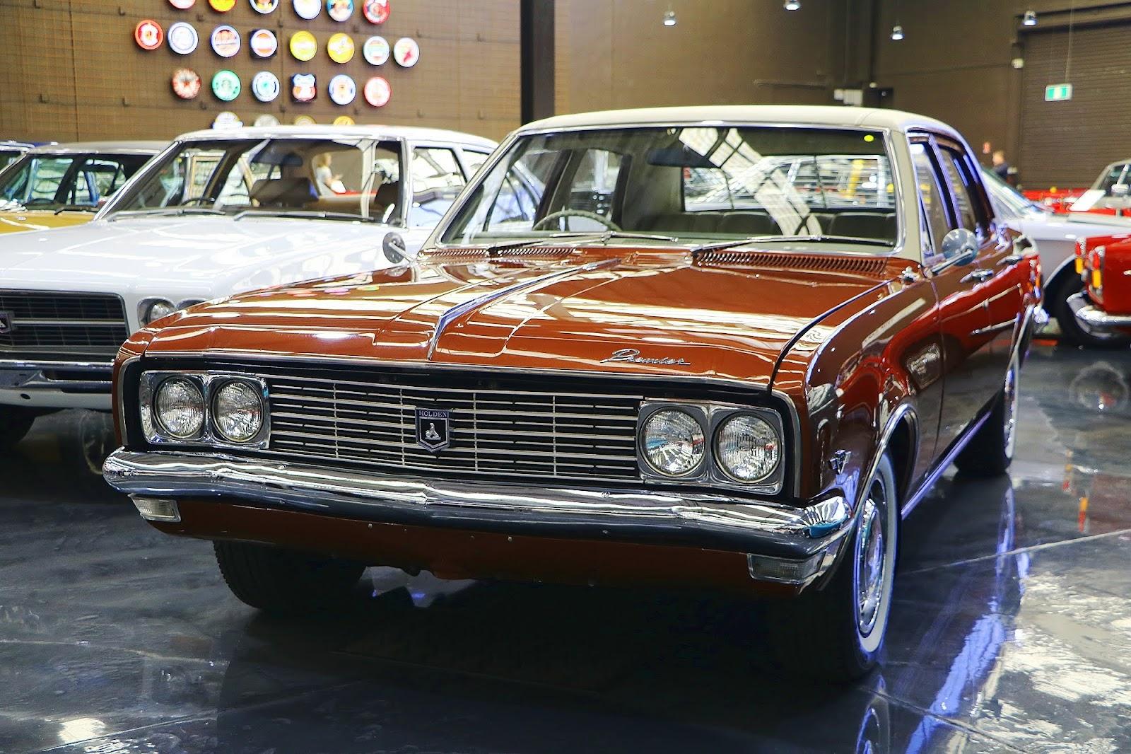 1970 Holden HG Premier (06).jpg