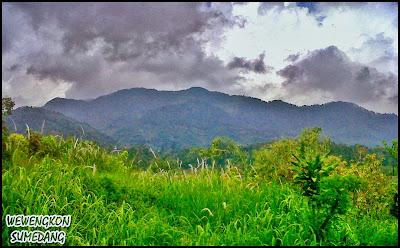 Gunung Kareumbi