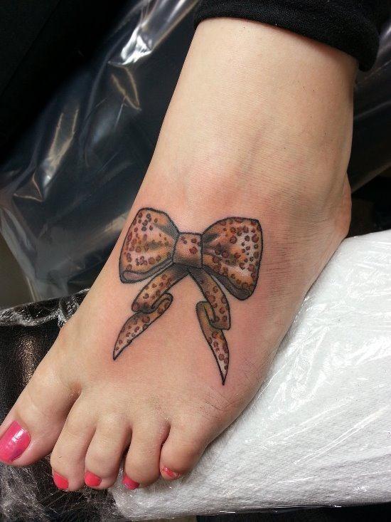 bonito_castanho_arco_cheetah_print_p_da_tatuagem